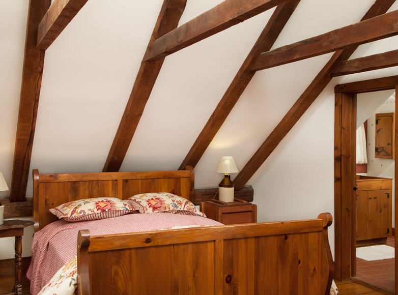 Photo of guest room at Mad River Valley Inn