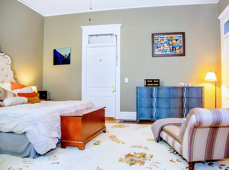 Photo of guest room at Morganton, NC, Area Inn for sale